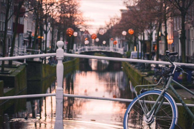 parkeren in Nederlandse stede